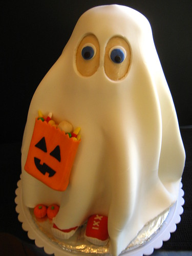 Ghost Cake | by disneychick