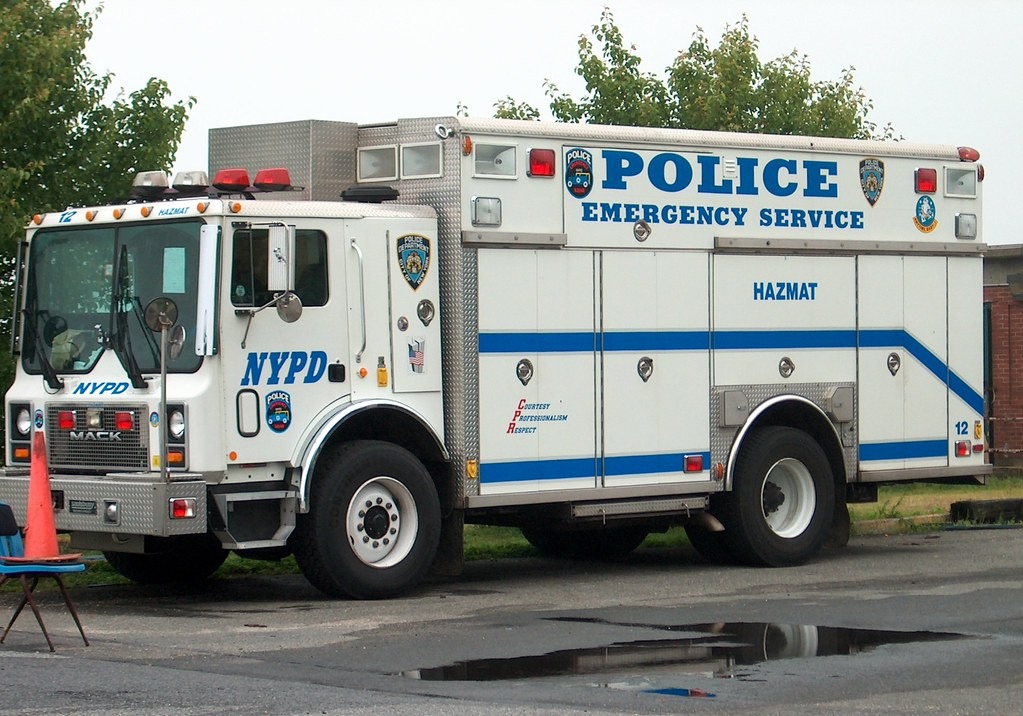 2017 Ford Econoline Van >> NYPD Emergency Services Unit (ESU) SWAT/Rescue Haz-mat Tru… | Flickr