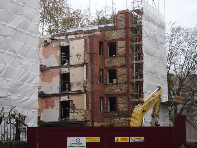 Demolition Of The London Park Hotel Elephant And Castle
