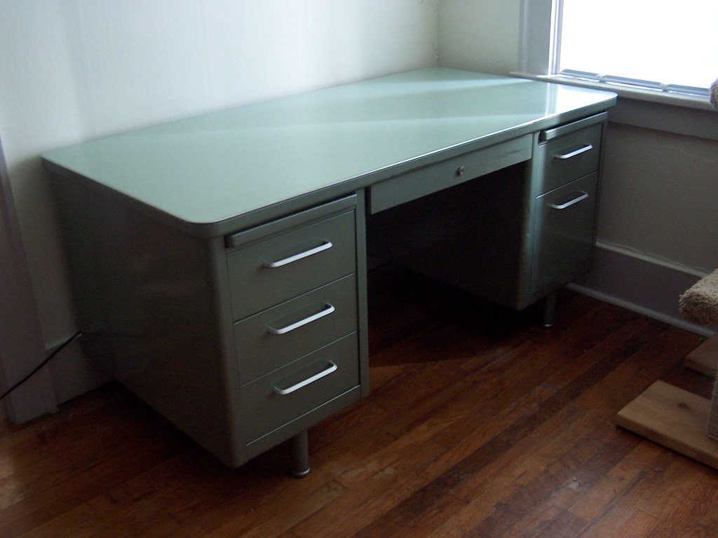 Steelcase Tanker Desk I Picked This Up On Craigslist For
