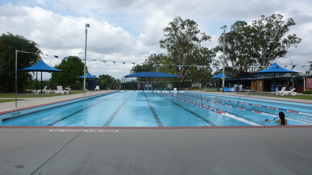 Caboolture swimming pool our local outdoor swimming pool for Local swimming pools