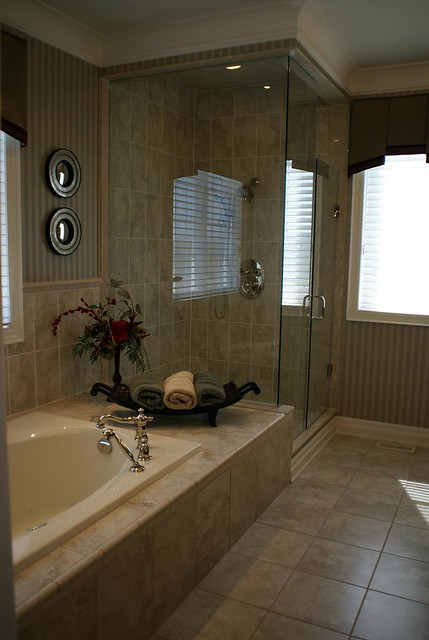 model home 4 master bedroom bathroom 2 7 clausfarm 12235 | 2603296030 026120e948 z zz 1