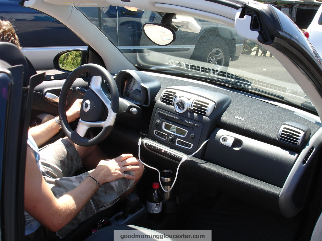 smart car interior picture watermarked with flickr. Black Bedroom Furniture Sets. Home Design Ideas
