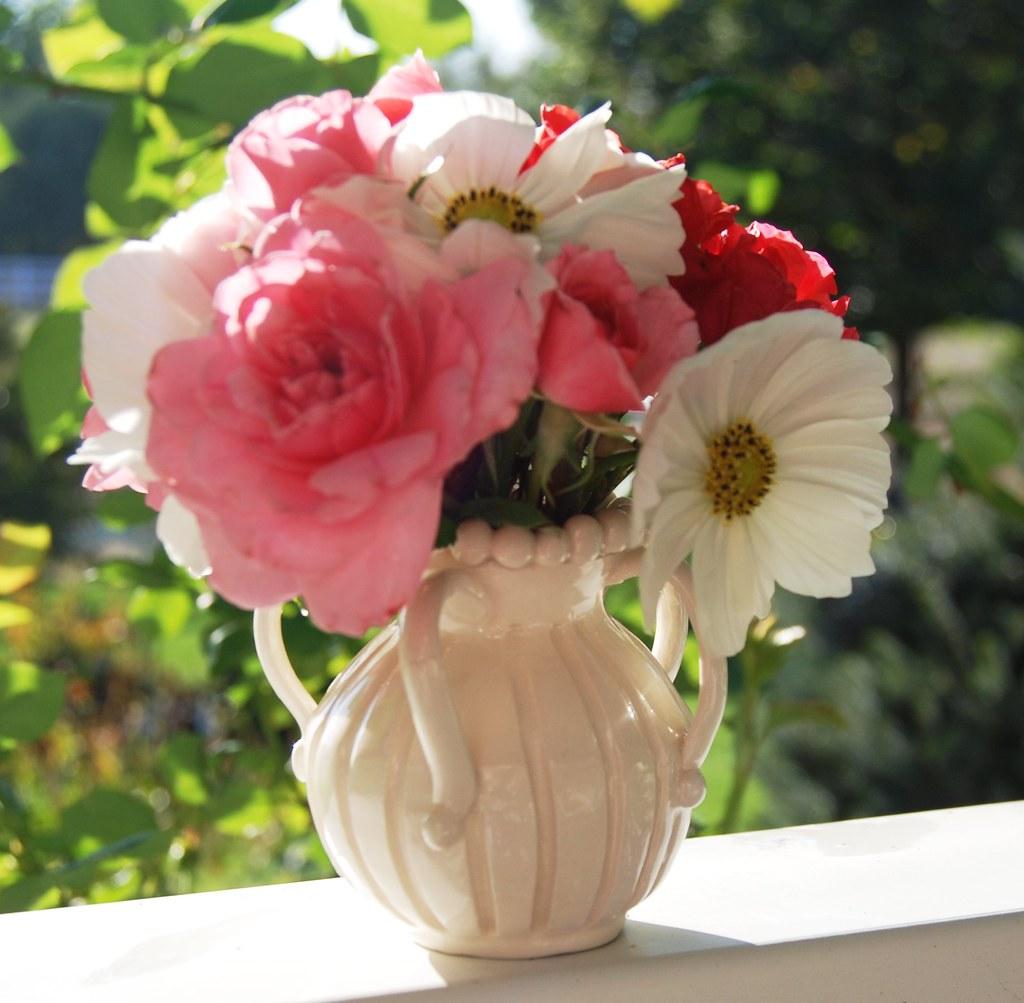 White Vase With Painted Amateurtulip