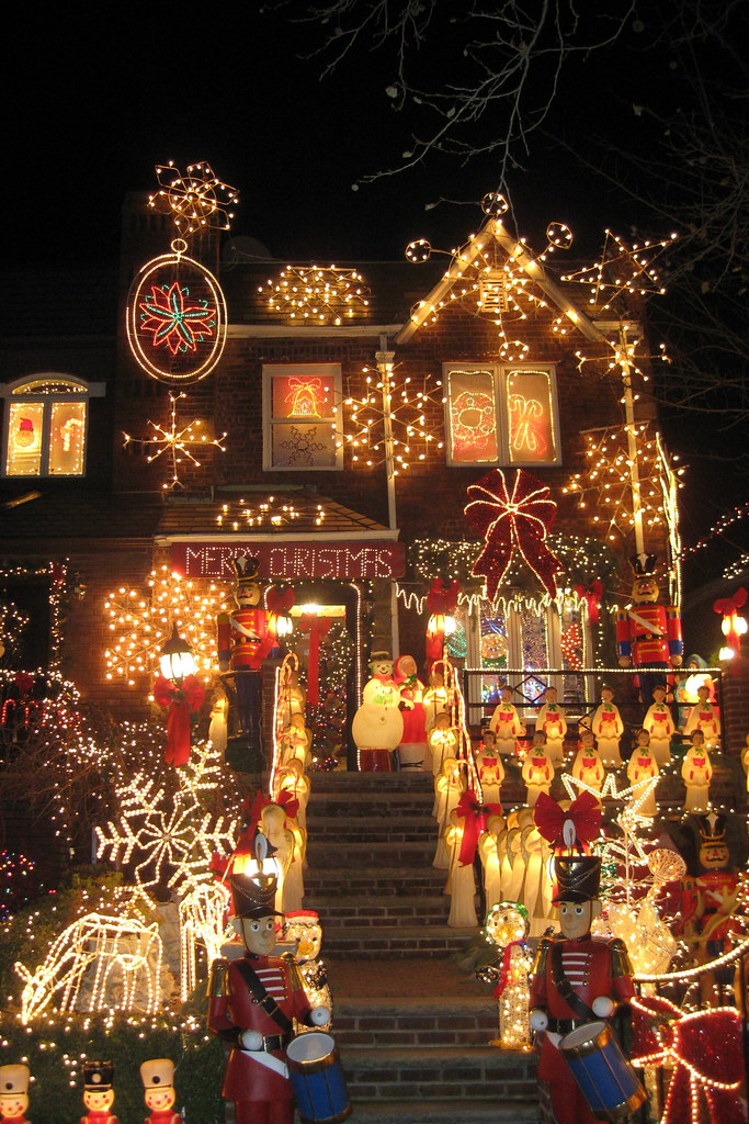 NYC - Brooklyn - Dyker Heights: Christmas Lights 2008 | Flickr
