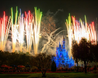 Disney - Holiday Wishes (2) (Explored) | by Express Monorail