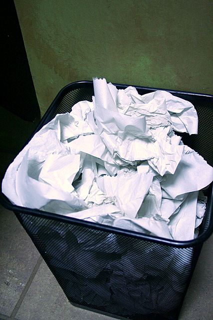 trash can paper img 4799