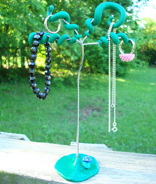Recycled fork jewelry tree just for fun i made a for Jewelry just for fun
