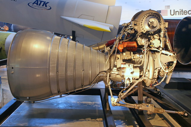 how to make a liquid fuel rocket engine