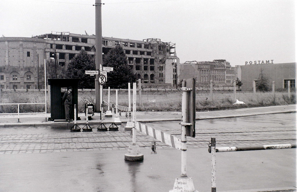 potsdamer platz berlin 28 august 1962 this photo is take flickr. Black Bedroom Furniture Sets. Home Design Ideas