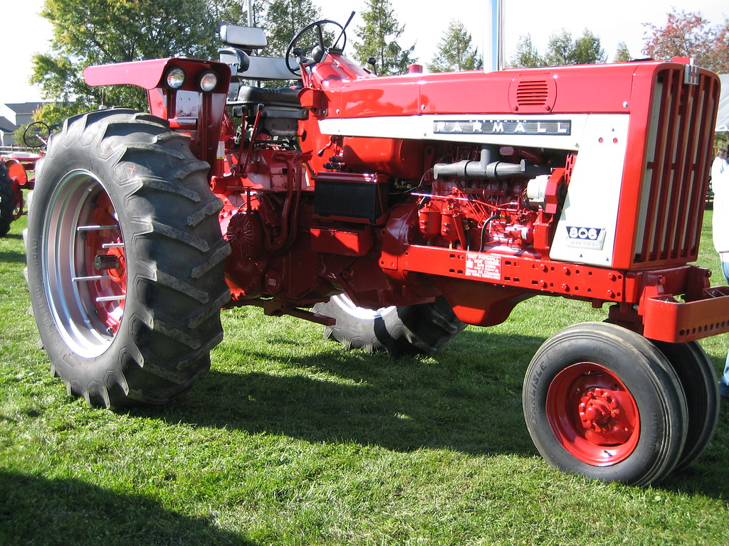 International Tractor Painting : Farmall international harvester tractor this large