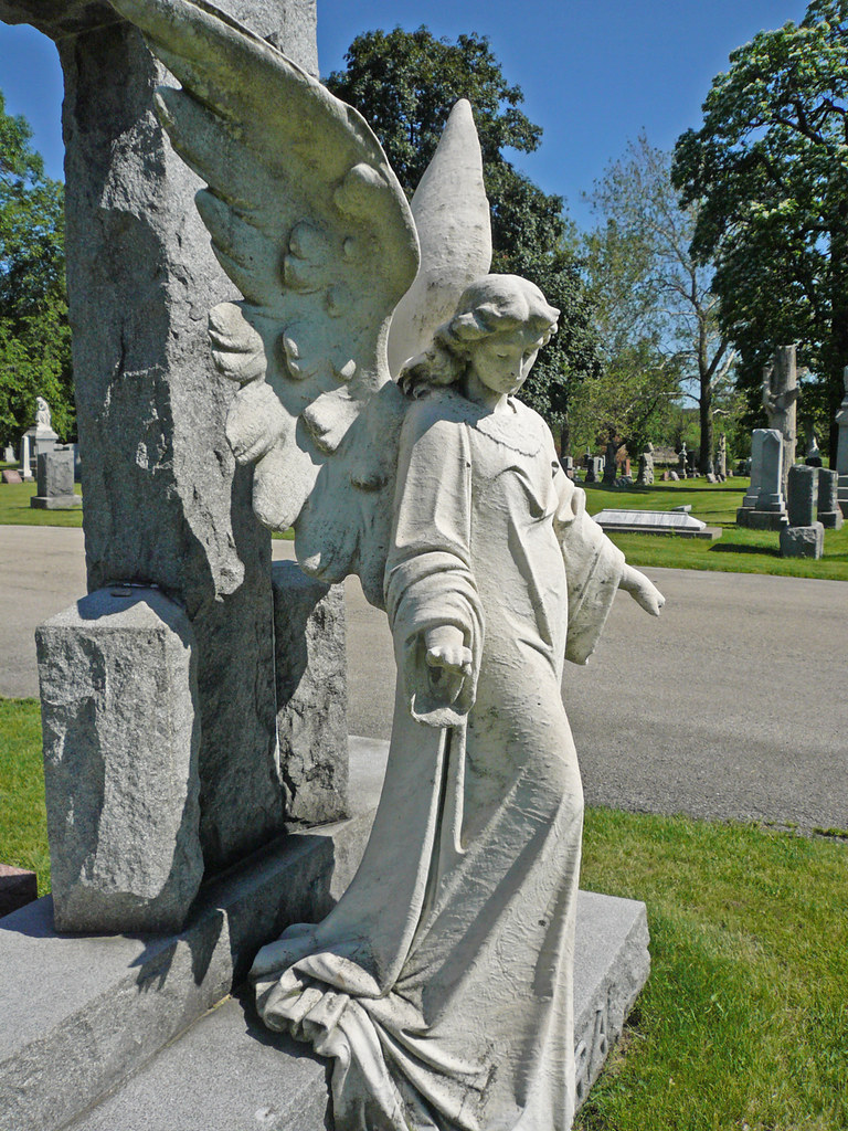 Stone Angel A Grave Marker At The Bohemian National