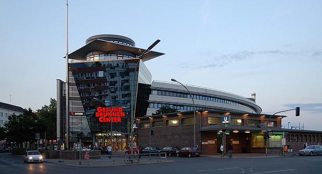 Berlin Gesundbrunnen Center : gesundbrunnen center das gesundbrunnen center architekten flickr ~ A.2002-acura-tl-radio.info Haus und Dekorationen