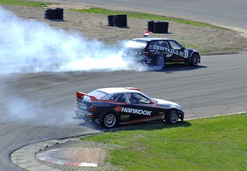 E36 Compact Drift E36 Compact vs E36 Touring