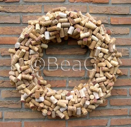 Wine corks wreath wijnkurkenkrans each wreath consists