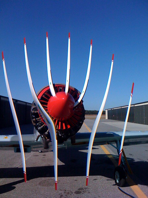 Cool Plane Propellers : Airplane prop cmos rolling shutter wtf an iphone s
