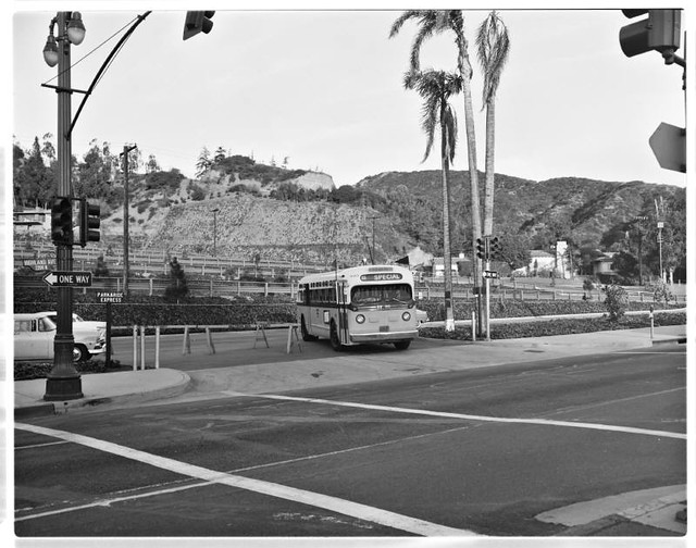 Hollywood Bowl Park And Ride 60