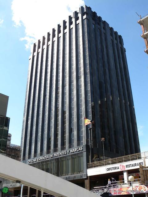 Edificio oepm azca paseo de la castellana edificio - Oficina patentes y marcas ...