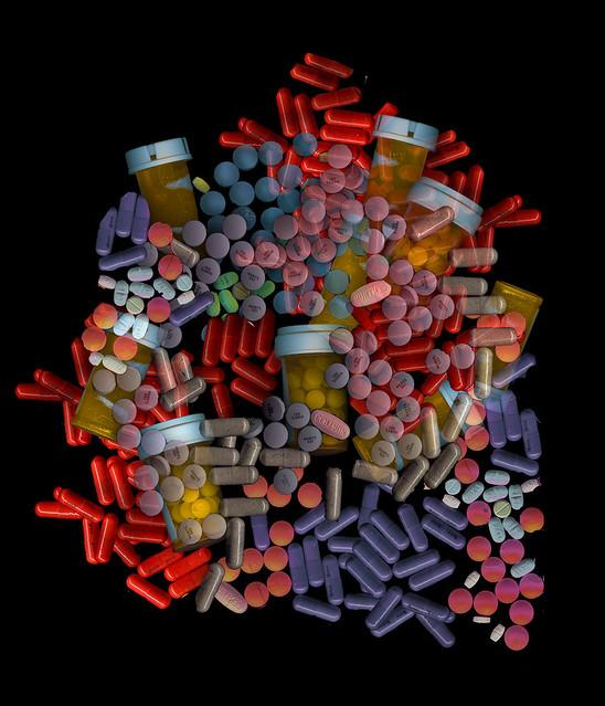 mixed prescription pill colors