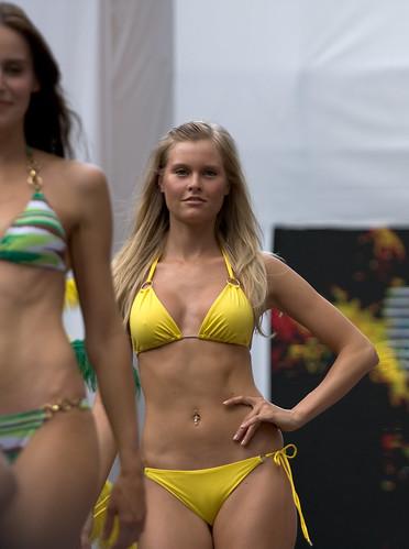 Bikini Village Model Show Off Flickr Photo Sharing