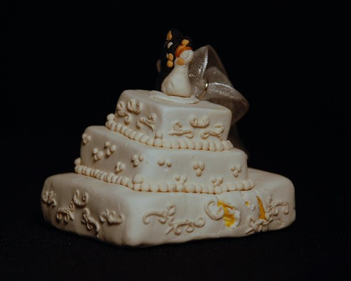 disaster wedding cake cake wreck ornament flickr photo 13538