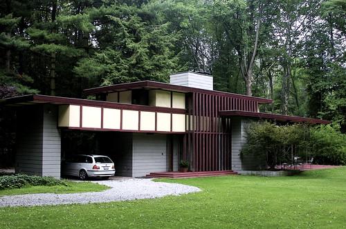 Frank lloyd wright penfield house flickr photo sharing for Frank lloyd wright modular homes