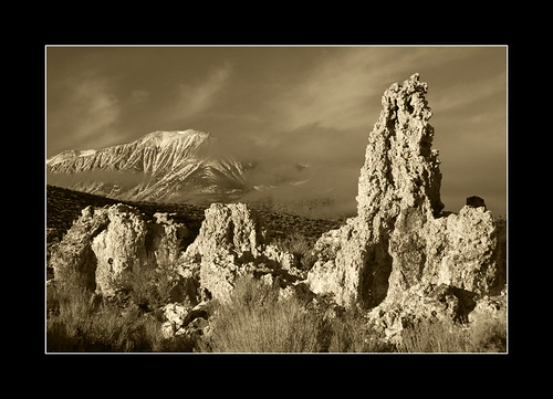 Mono lake 2 | by Sailabt