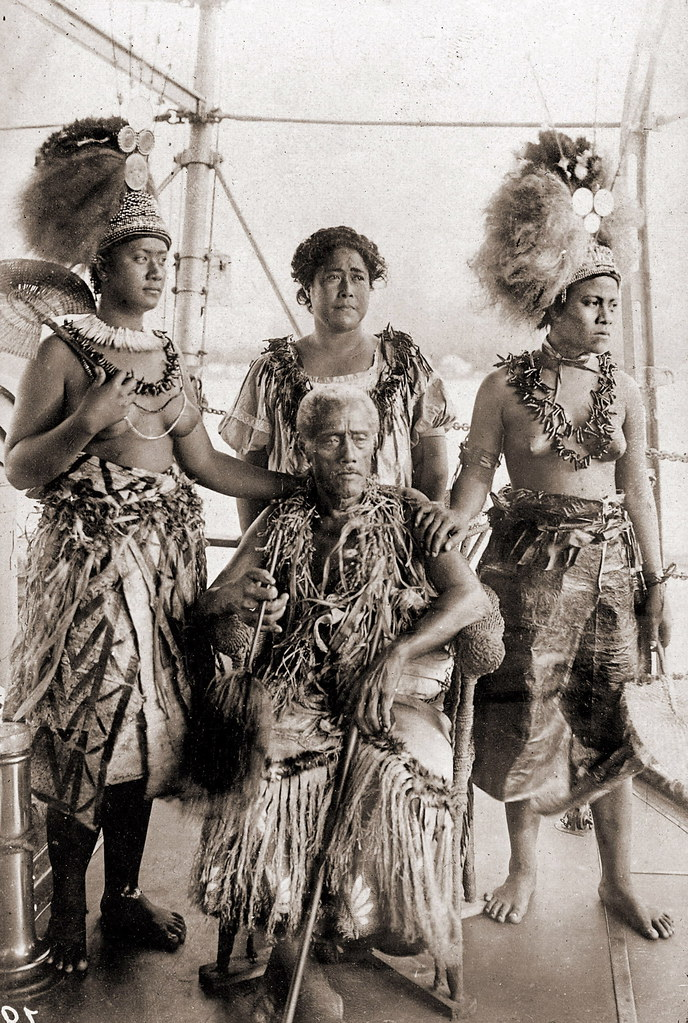 Samoan Chief And His Family I Suppose That This Is King