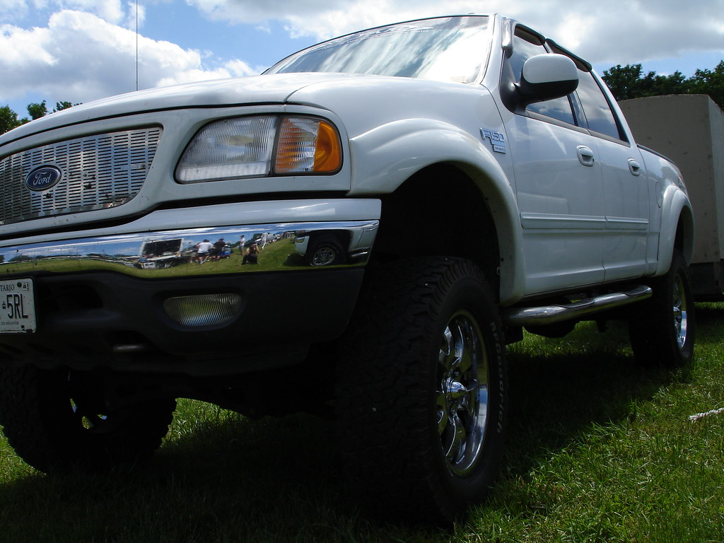 97-03 Ford F150 with painted fender flares   This 97-03 ...