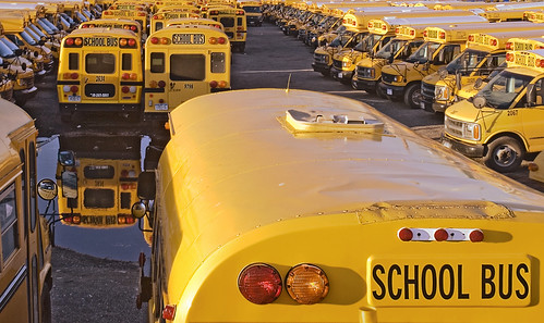 us school bus | by gareth_lofthouse