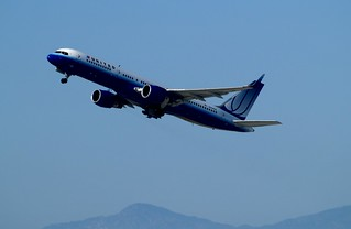 United Airlines Boeing 757-222(ET) N544UA | by Photography of Bryan Correira
