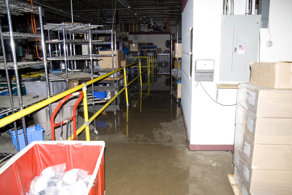 Chicago Floods2  Flooding At Mobile Mark 91508  Jerry
