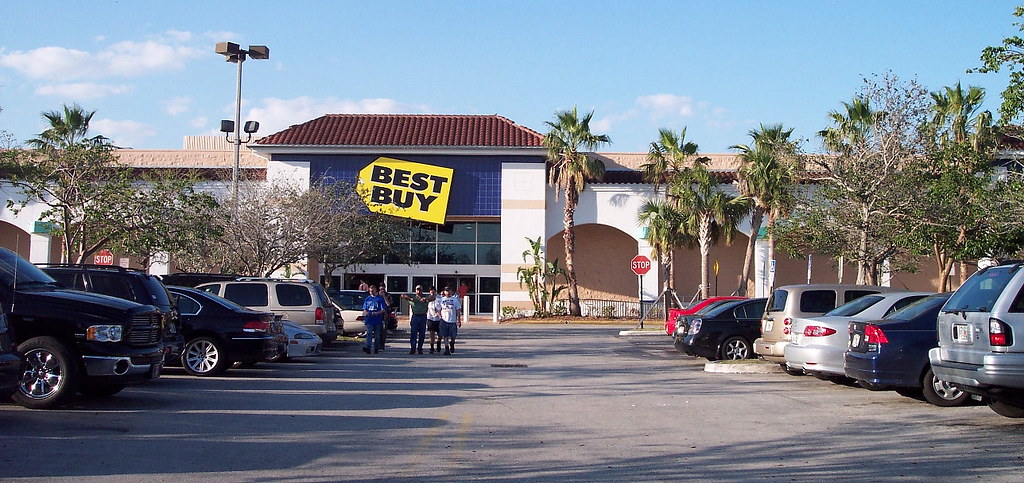 Best Buy Sunrise Plaza Kitchener