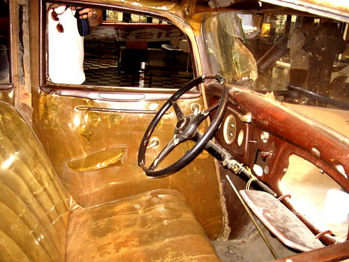 Bonnie And Clyde >> Bonnie and Clyde 1934 Ford Fordor Deluxe Sedan 'The Death ...