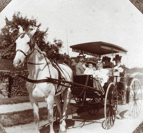 horse drawn carriage c 1900