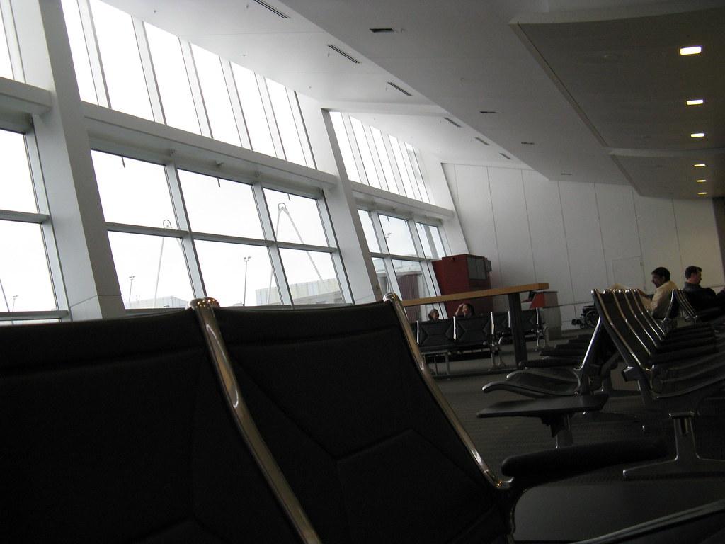 Us Airways Amp Alaska Airlines Terminal Of The Boston Logan