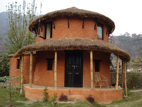 Round house goal ghar traditional nepali round house for Small house design in nepal