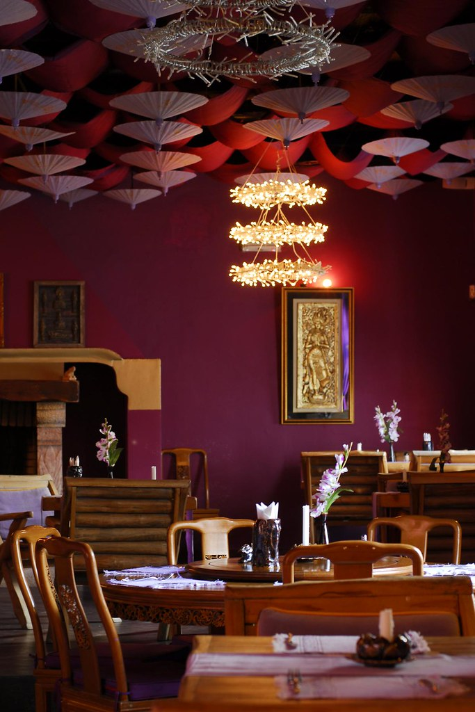 Portugal albufeira thai restaurant interior we