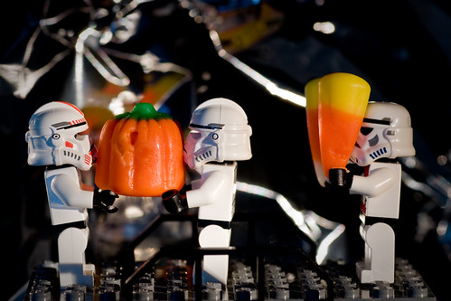 That's my candy pumpkin! No, I had it first! You've had three already! MOOOOOOOMMMMMMMM!!!!! (The LEGO storm troopers never disappoint. Image by DuckBrown, via Flickr)