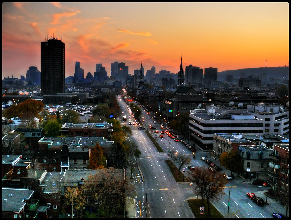An autumn sunset on montreal coucher de soleil sur - Coucher de soleil montreal ...