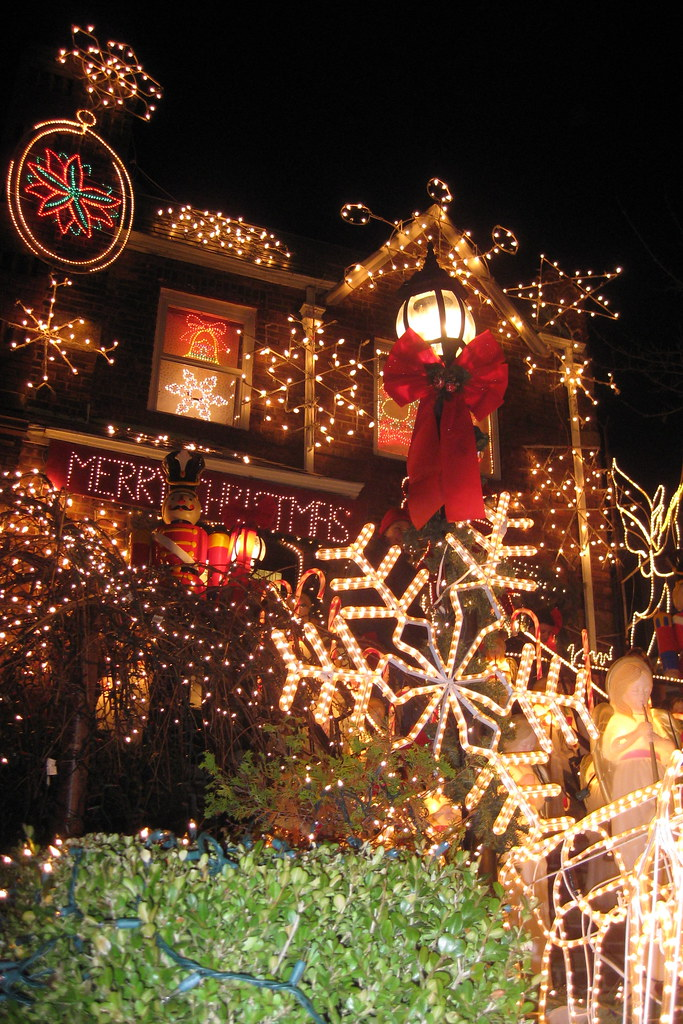 Where To See Christmas Lights
