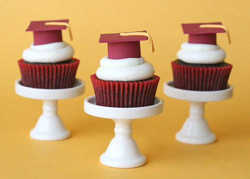 Graduation Cupcakes | by Glorious Treats