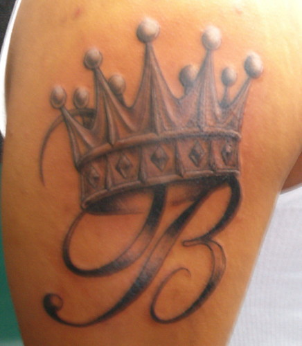 Tattoo Designs Letter B: Crown Tattoo