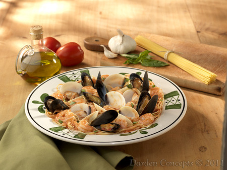Capellini Di Mare Shrimp Clams And Mussels Saut Ed In Whi Flickr