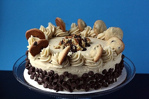 Chocolate Chip Cookie Dough Cake | by bakingjunkie