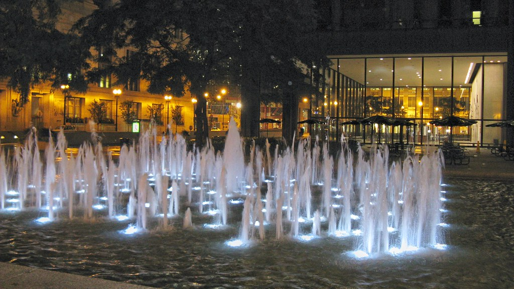The Ground Leval Lighted Water Fountain In The Daley Cente Flickr