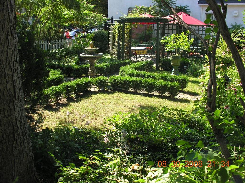 Jardin d une maison - Jardin dans une maison poitiers ...