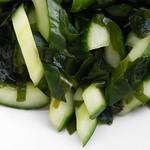 Komkommer salade met Lapsang Souchong Dressing