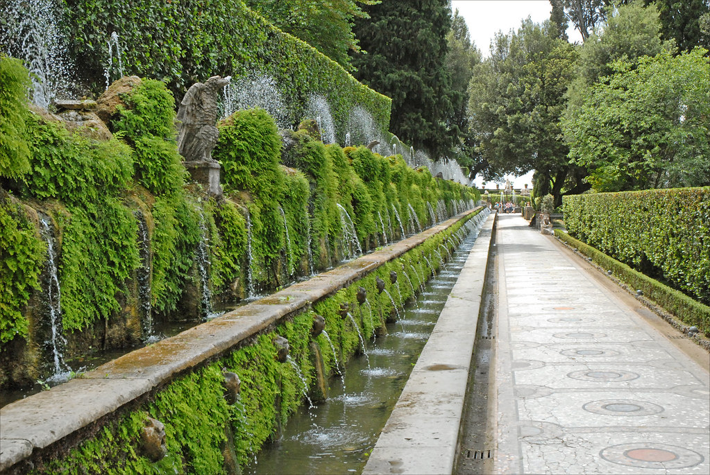 L 39 all e aux cent fontaines tivoli l 39 all e aux cent fonta flickr - Construire une allee carrossable ...