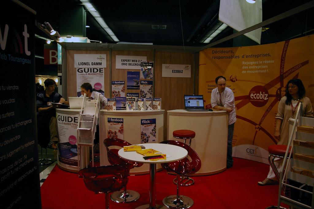 Espace web 2 0 salon micro entreprises stand de l 39 espace w flickr - Salon des micro entreprise ...